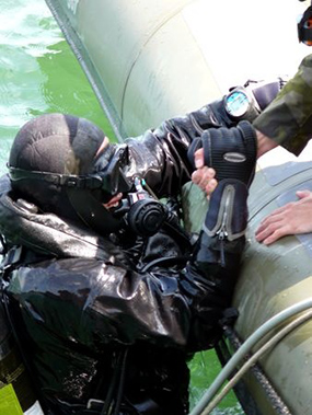 special-forces-diver